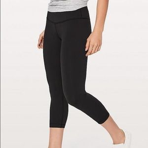 Lululemon Wunder Under Crops - Black